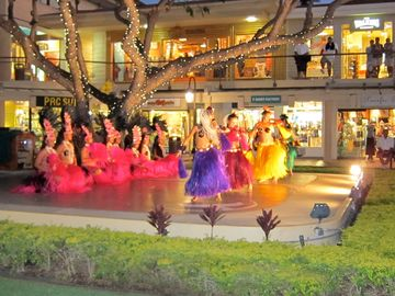 Complimentary hula shows next door at Whaler's Village.