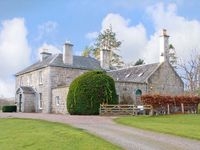 INVERALLAN HOUSE, pet friendly in Grantown-On-Spey, Ref 12349