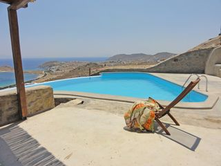 Mykonos villa photo - Relaxing in the sun