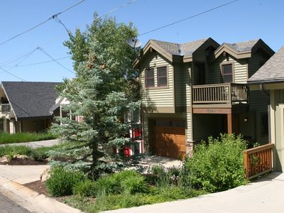 1038 Lowell Avenue. Walk to Everything! PCMR, Town Lift Ski Runs and Old Town!