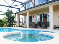 Stunning 5 Bed Villa with Private Pool - close to Disney