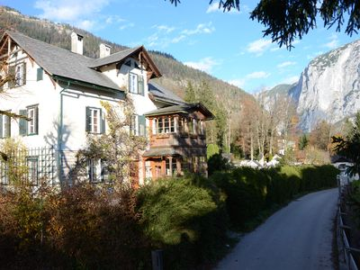 30 meters to the lake, a few minutes walk from the nearest beach, very quiet -   Haus 2 - Villenetage