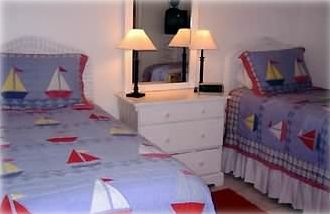 Guest bedroom 2 twin beds or can be converted to king bed... your choice