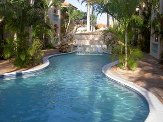 Aruba condo photo - large pool area great for swiming laps