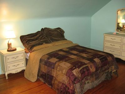Second BR with Queen Bed and 1/2 Bath