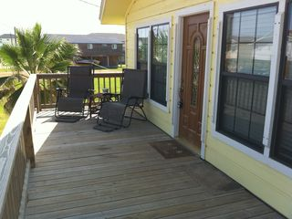 Surfside Beach cottage photo - Enjoy the Gulf breeze and the view from the front deck.