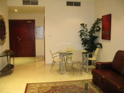 Dubai Marina & Al Sufouh apartment rental - Living Room - Dining Area with Broadband Internet Connection