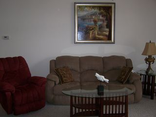 Lake Ozark condo photo - Living Room-Couch w/pull out Bed
