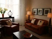 Glasgows West End - Perfectly located - stylish, very bright -