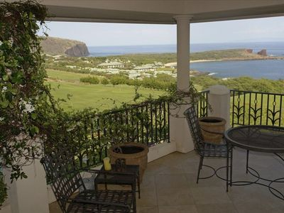 Master bedroom suite balcony lanai overlook of Manele and Hulopoe Bay, Beach, an