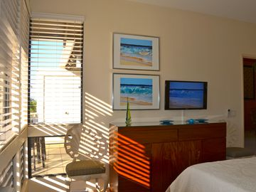 Enjoy watching TV or a movie on the new 32' flat panel w/DVD in the Wave room.