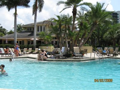 Vanderbilt Beach condo rental - Clubhouse Pool