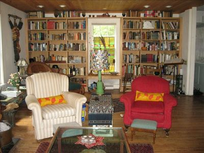 Sawyer farmhouse rental - Living room, library view