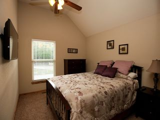 Branson house photo - Bedroom 3 - Upper Level, Queen Bed, 40in LEDTV w/ cable and NETFLIX