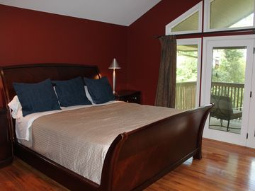 Fayetteville house rental - Master bedroom.