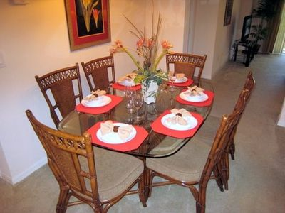 Bahama Bay condo rental - Dining area seats six for dining, or playing cards or board games.