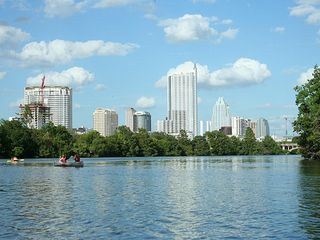 Austin house photo - Lady Bird Lake where you can canoe