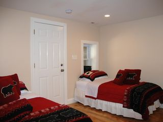 Dupont Circle apartment photo - Bedroom with Twin Beds