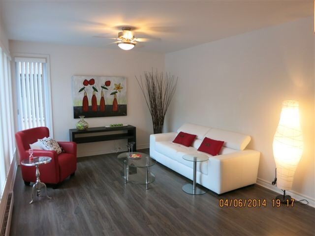 Check for Mobilier moderne montreal