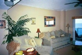 Clearwater Beach condo photo - Living room facing the Gulf
