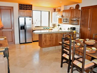 San Jose del Cabo condo photo - Salsa Kitchen - Table for 8