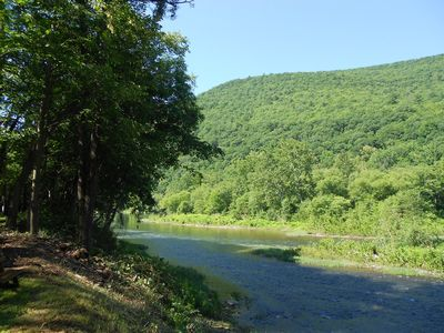 Pristine, Pet-friendly Creekfront Cabin: Book Now for Summer!