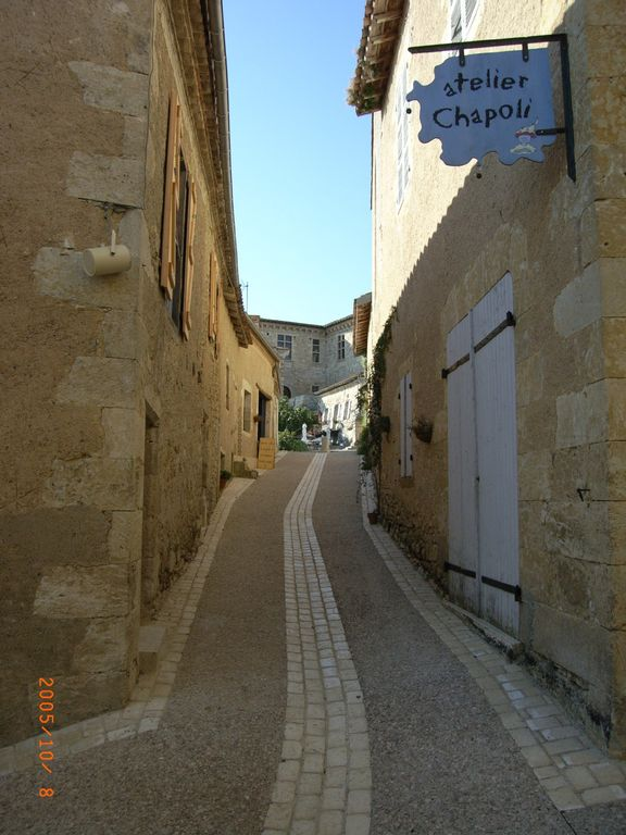 Street leading to Chateu and Restaurant