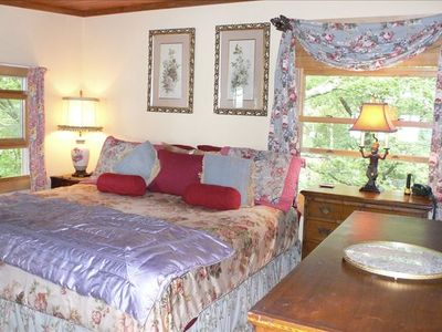 upper level king size suite with private bath, sitting room and sunrise views