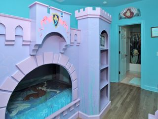 Forest Beach house photo - Little Mermaid Room, Private Bathroom, Queen size bunkbed, 2nd floor