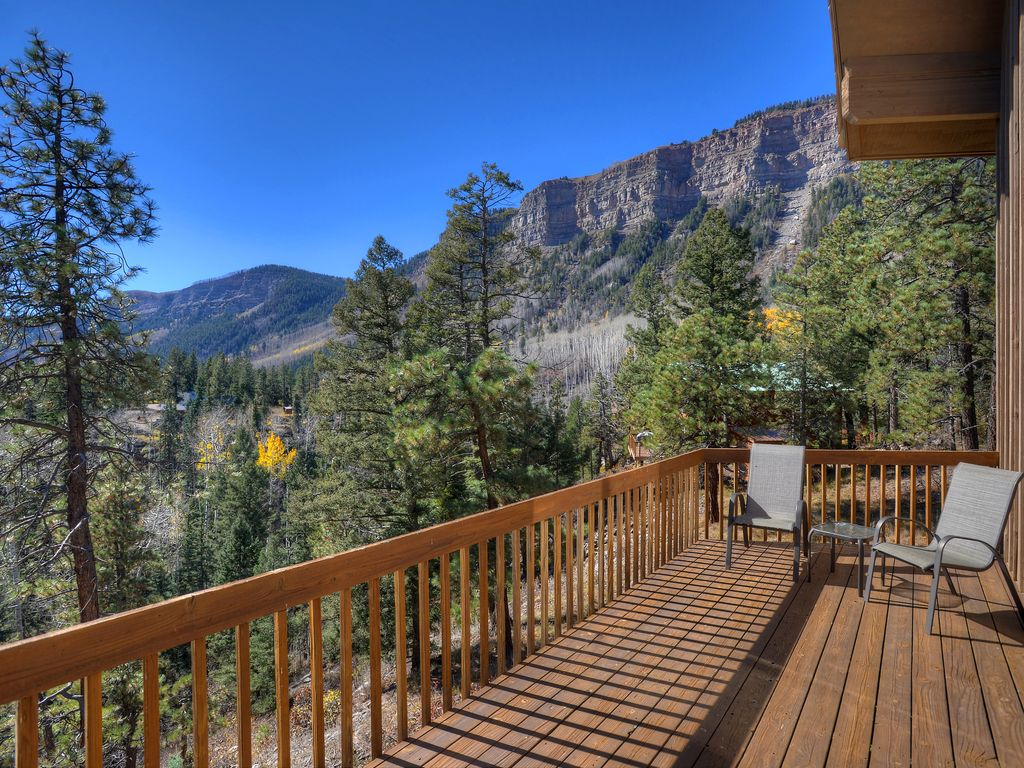 Durango vacation rental home with panoramic vrbo for Mountain cabin rental colorado