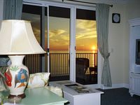 Enjoy Fall Rates / Ranked #1 / Close to Pier Park/ Incl Front Row Beach Chairs
