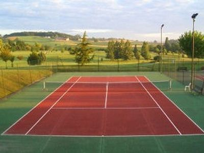 Tennis at nearby Longeveau