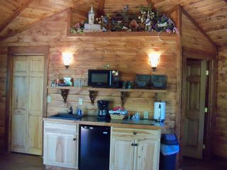 Bozeman cottage photo - Sink,microwave,coffee pot, refrig.,cooktop,toaster,dishware,pots/pans
