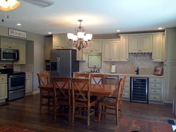 Bella Vista townhome rental - Completely new remodeled kitchen with open floor plan. Just Gorgeous!