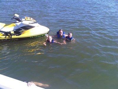 Horseshoe Bay house rental - LAKE SWIMMING !