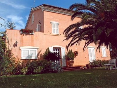 Macerata villa rental - large villa set in amazing grounds