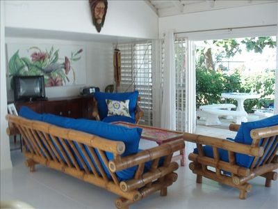 Duncans villa rental - Living Area Opens to the Outside....