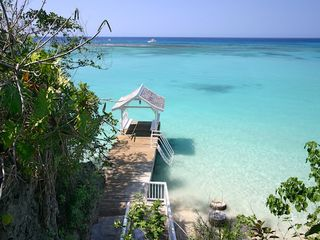 Ocho Rios house photo