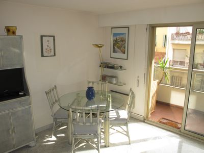 2 Rooms comfortable 150 m from the sunny sea near center and shops