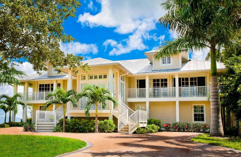 perfect for large family vacation or  homeaway captiva, captiva beach house rentals, captiva beachfront home rentals, captiva island home rentals american realty