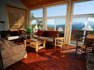 Gatlinburg chalet rental - Living Space