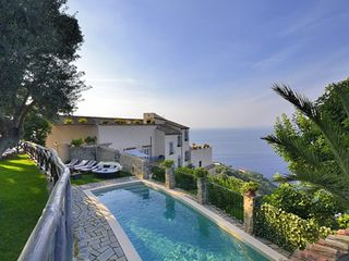 Massa Lubrense villa photo - luxurious villa in massa lubrense