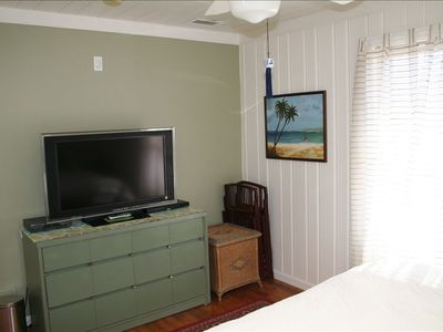 "2nd Master Bedroom with King Bed, 40"" Sony & DVD"