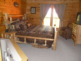 Gatlinburg cabin photo - Another One Of Four Master Suites with Jacizzi and Full Bathroom