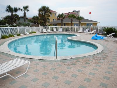 Destin condo rental - Swimming Pool.