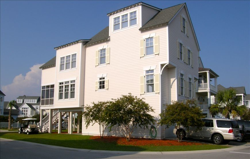 Immaculate 3 5 story first class beach house vrbo for 1 story elevator