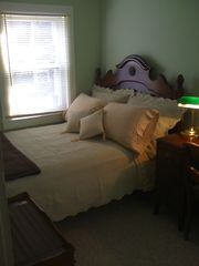 Ocean Grove townhome photo - Full Size Bed with Morning Sun!