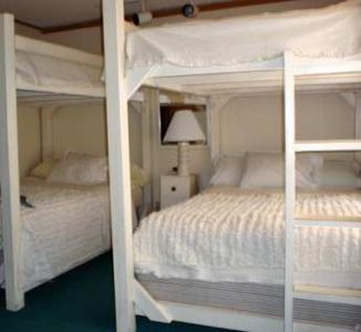 Third Bedroom - 2 Full-Size Bunk Beds