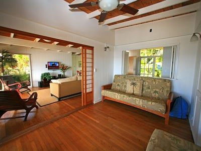 3rd bedroom - futon bed. Sliding Shoji doors close for privacy. Ocean view.
