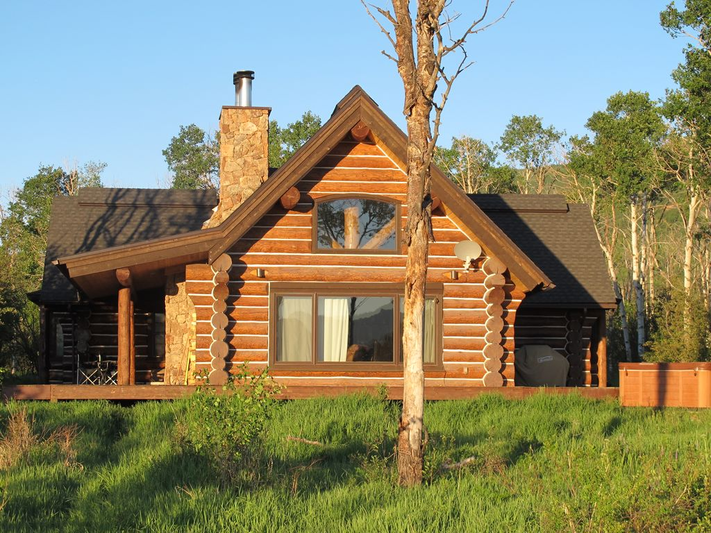 Secluded Rustic Log Cabin 42 Acre Private Vrbo